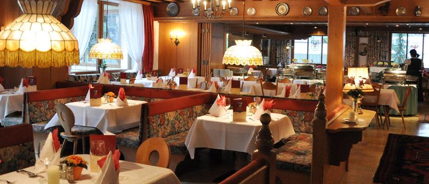 Alpenhotel Kramerwirt, Mayrhofen, Austria - Dining room.jpg
